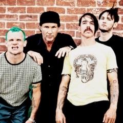 Red Hot Chilli Peppers, uma das maiores bandas do rock internacional anos 90